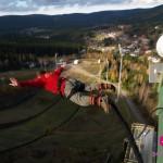 Bungee jumping z věže jako zážitek