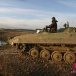 Jízda v obrněném transportéru + střelba z Kalašnikova jako zážitek